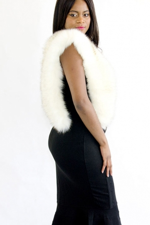 Stylish Faux Fur Collar