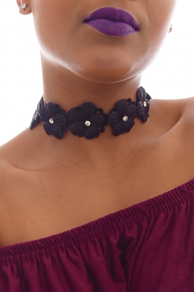 Stylish Flower Choker Necklace