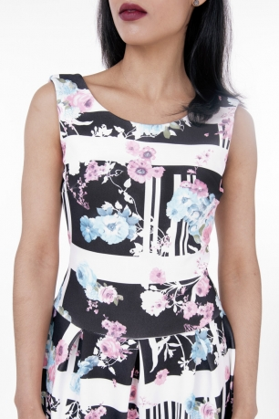 Stylish Floral Print Skater Dress