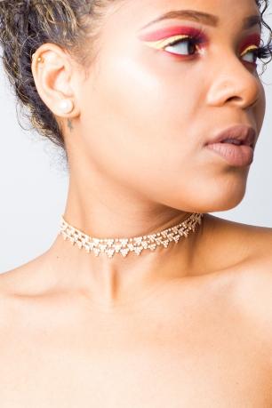 Stylish Sparkly Diamonds Choker