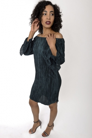 Stylish Off The Shoulder Pleated Dress