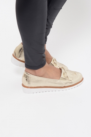 Stylish Gold Tassel Loafers
