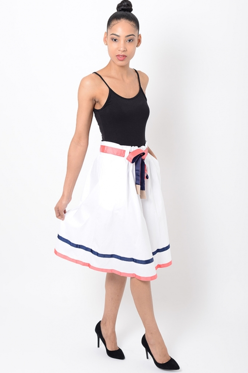 Stylish Midi White Skirt