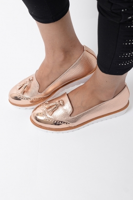 Stylish Rose Gold Tassels Shoes