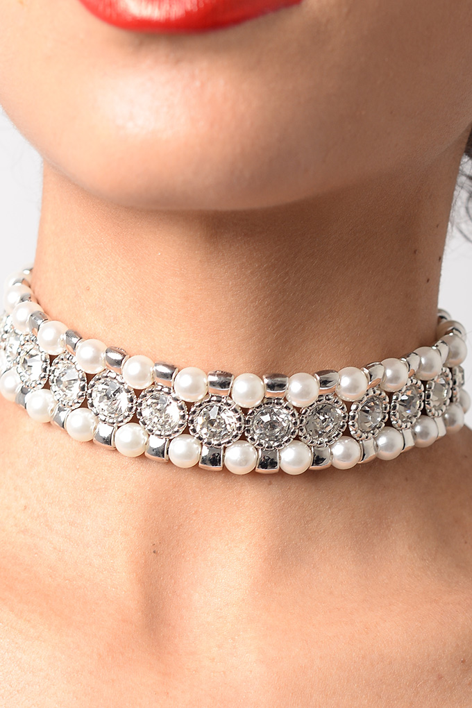 Stylish Silver Pearl Diamond Choker