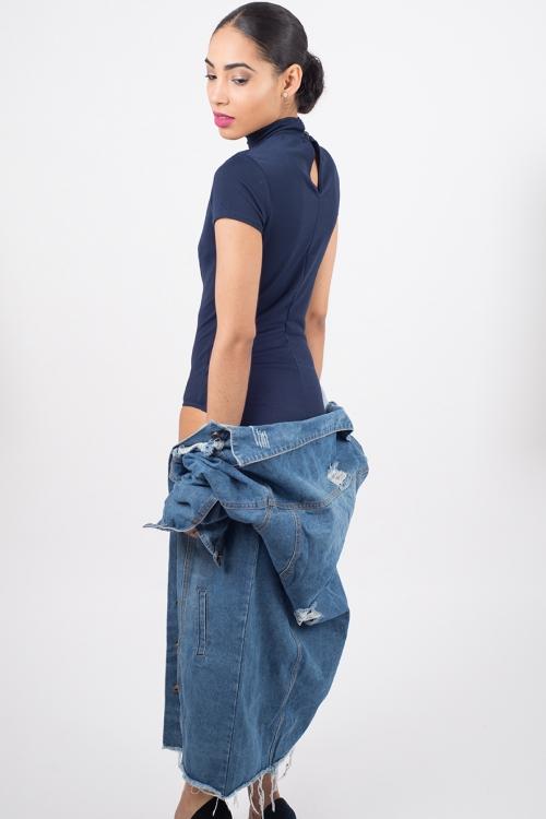 Stylish Choker Lace Up Bodysuit