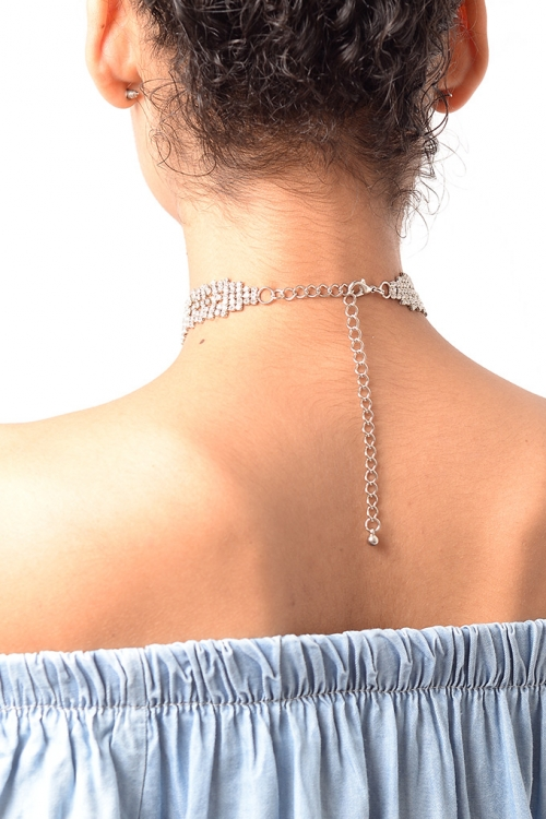 Stylish T Drop Silver Diamond Choker